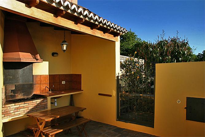 Außenküche Mit License : Grill küche im garten bauen mit makita metabo und spax