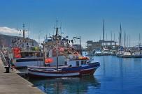 puerto-de-tazacorte-yacht-sport-hafen-barcos
