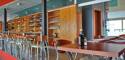restaurante-la-muralla-mirador-aguatavar-tijarafe-la-palma-comedor02