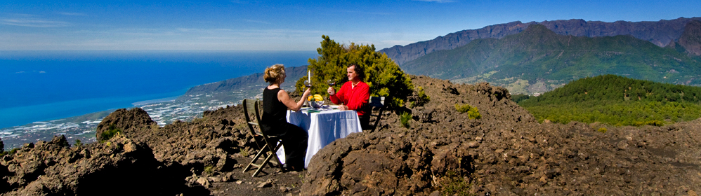 Restaurante Las 3 Chimeneas - La Palma Travel