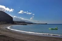 puerto-de-tazacorte-playa-la-palma