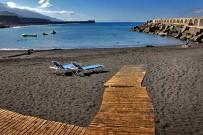 puerto-de-tazacorte-strand-la-palma