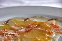 restaurante-carmen-celta-la-palma-carpaccio-de-peto-sal-ahumado-aceite