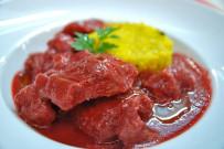 el-duende-del-fuego-estofado-de-cochino-negro-con-curry-rojo