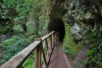 los-tilos-tunnel-wasser-kanal
