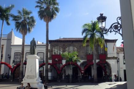 plaza-de-espana-santa-cruz-hauptstadt-kanaren-la-palma