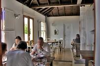 restaurante-azul-el-castillo-garafia-la-palma-comedor