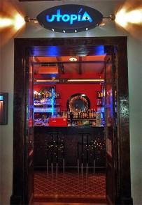 utopia-bar-entrada