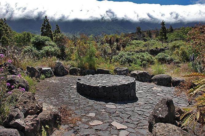 centro-de-visitantes-caldera-de-taburiente-el-paso-la-palma-jardin-botanico-garten-tagoror