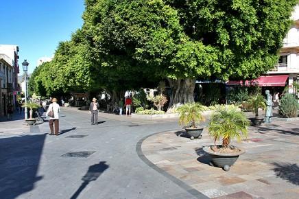 los-llanos-de-aridane-plaza-de-espana-platz-hotel-eden