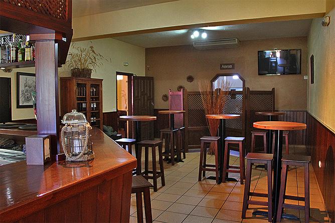 restaurante-la-mata-llano-negro-garafia-la-palma-barra
