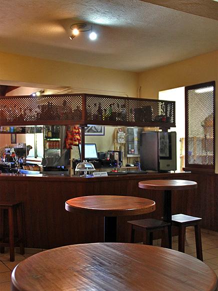 restaurante-la-mata-llano-negro-garafia-la-palma-barra02