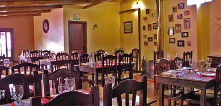 restaurante-la-mata-llano-negro-garafia-la-palma-comedor