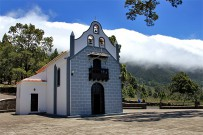 virgen-del-pino-el-paso-la-palma-heilige-jungfrau-der-kiefer-kapelle-kirche