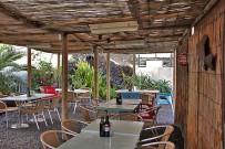 kiosco-salemera-playa-mazo-la-palma-restaurante-comedor2