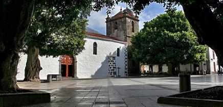 los-llanos-de-aridane-plaza-de-espana-kirche-platz-Iglesia-nuestra-senora-de-los-remedios