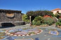 Plaza La Glorieta in Las Manchas, gestaltet von Luis Morera, Westküste