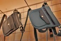 deliarte-delia-schulz-manos-arriba-leder-werkstatt-el-paso-la-palma-hip-bum-bags