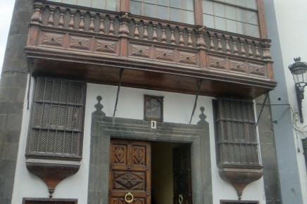 santa-cruz-la-palma-calle-o-daly-kanaren-plaza-espana-uned-ayuntamiento
