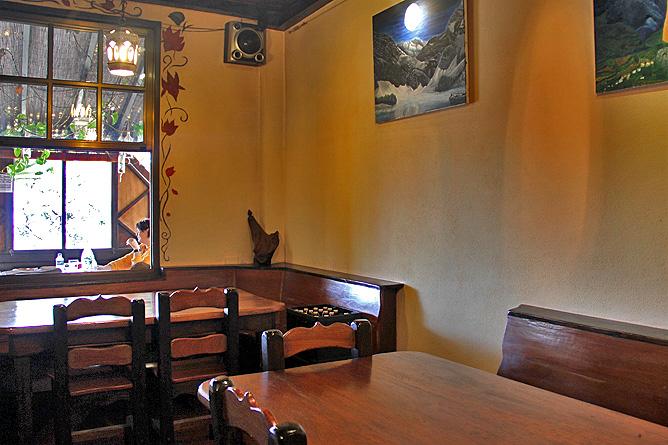 restaurante-pizzeria-flor-de-lotus-puntagorda-la-palma-comedor2