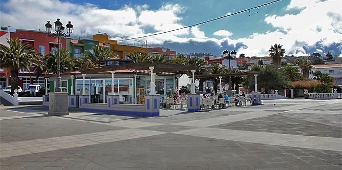 kiosco-el-paso-plaza-bar-sandwich-platz-recinto-ferial
