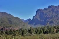 las-cuevas-caminata-el-paso-virgen-del-pino-centro-visitantes-la-palma-14