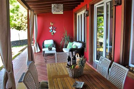 villa-torres-ferienhaus-pool-07