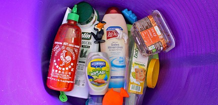 plastik-verpackungen-spielzeug-nahrung-kosmetik