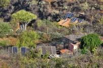 buracas-las-tricias-garafia-la-palma-07-placas-solares