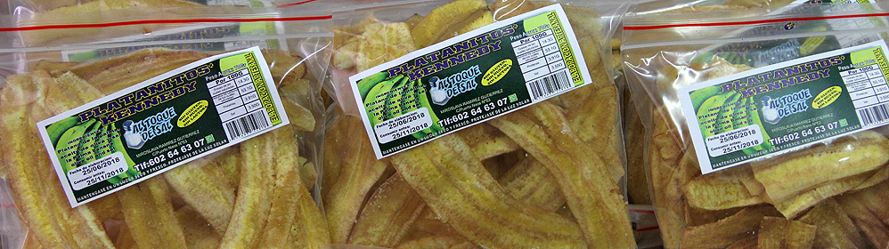 Platanitos Kennedy - banana chips - La Palma Travel