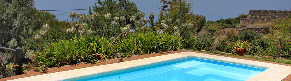 El Lomito - Ferienhaus mit Pool, Internet in Tijarafe | La Palma Travel